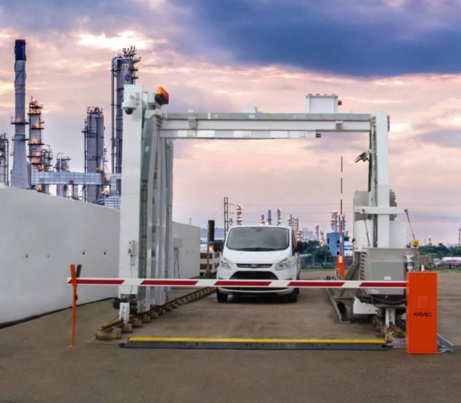 Eagle C25 gantry-based vehicle screening system